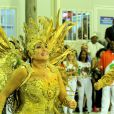 Susana Vieira representa Dama de Ouro no desfile da Grande Rio