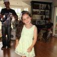 Tânia Mara gravou na tarde desta quinta-feira, 19 de fevereiro de 2015, o clipe da música 'Me Deixar Levar'. O musical foi dirigido por seu irmão, Rafael Almeida e contou com a presença de seu marido, Jayme Monjardim, da filha, Maysa e da irmã, Roberta Almeida, que a ajudou com a maquiagem