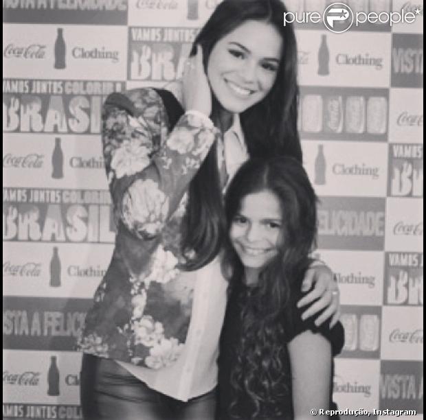 Bruna Marquezine publica foto com a irmã caçula, Luana, de 10 anos, em 19 de abril de 2013