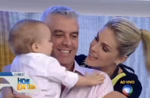 Ana Hickmann comemora aniversário ao lado do filho, na TV: 'Meu melhor presente'