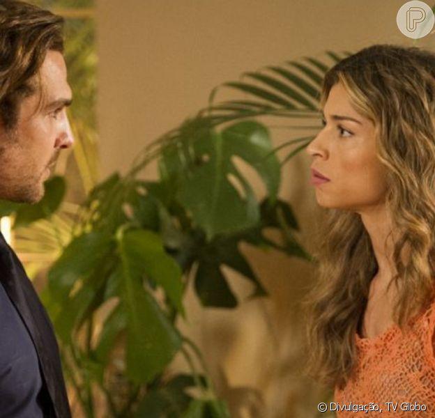 Na novela 'Flor do Caribe', Ester (Grazi Massafera) decide abandonar Alberto (Igor Rickli)