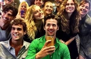 Giovanna Antonelli surge em selfie durante intervalo de filmagem: 'Bagunça boa'