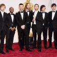 Michael Madden, PJ Morton, Adam Levine, James Valentine, Jesse Carmichael, e Matt Flynn do Maroon 5 comparecem à 87ª edição do Oscar, este ano