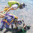 Caio Castro pula de paraquedas na Califórnia, nos Estados Unidos