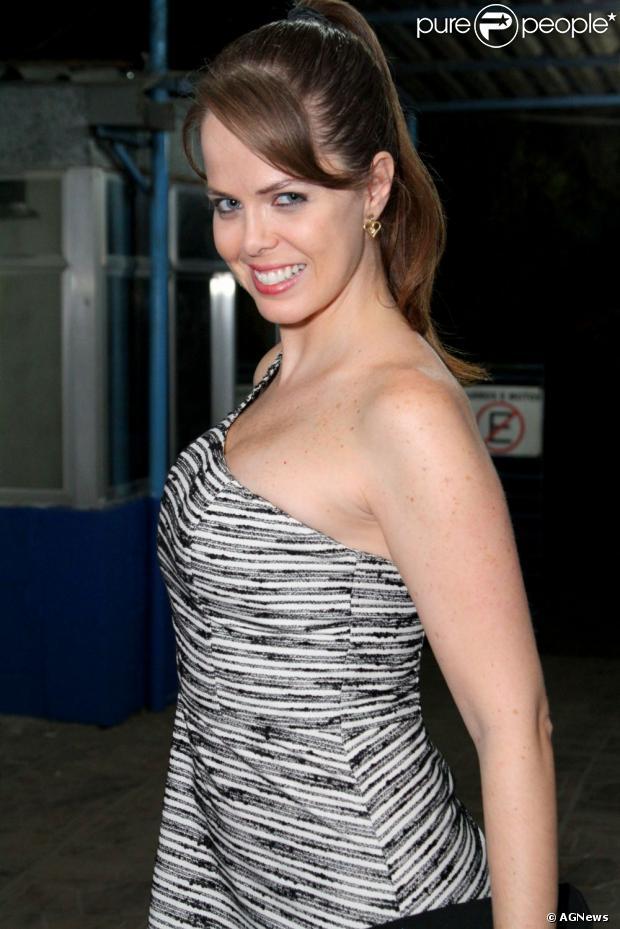 Mariza Marchetti está estreando em novelas da Globo e contracena com Grazi Massafera, em 7 de maio de 2013