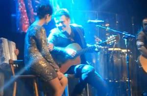 Michel Teló canta ao vivo para Thaís Fersoza e emociona a namorada