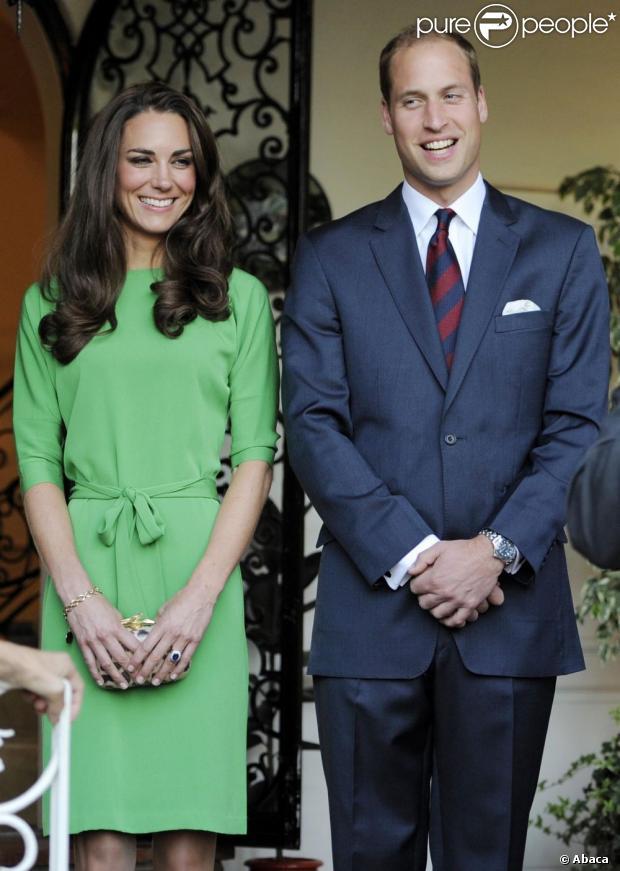 Kate Middleton e o príncipe da Inglaterra William esperam seu primeiro herdeiro, segundo comunicado oficial feito nesta segunda-feira, 3 de dezembro de 2012