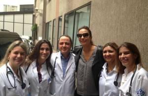 Netinho recebe visita de Ivete Sangalo no hospital: 'Trouxe felicidade e brilho'