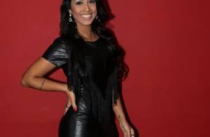 Amanda Djehdian ganha festa de fãs e avisa: 'Não estou recebendo dinheiro'