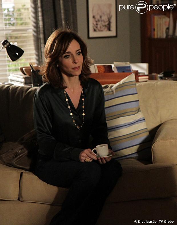 Irene (Deborah Evelyn) descobre que Fabinho (Humberto Carrão) é seu filho na trama de  'Sangue Bom'. A cena vai ao ar em 4 de maio de 2013