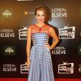 A atriz Juliana Boller escolheu um vestido Maria Mendes para a noite de premiação