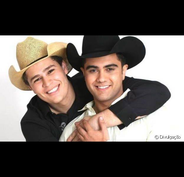 Agora apresentador, Pedro Leonardo falou pela primeira vez sobre o fim da dupla com o primo Thiago, em entrevista ao jornal 'Extra', nesta terça-feira, 11 de junho de 2013