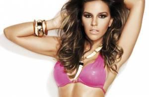 Mariana Rios ousa no decote e posa bem sensual para capa de revista