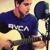 Enzo, filho de Claudia Raia e Edson Celulari, grava cover de Seu Jorge