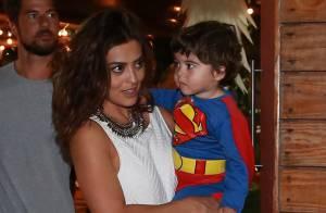 Juliana Paes recebe amigos na festa de aniversário de 2 anos do filho Antonio