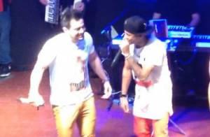 Neymar canta e toca pandeiro em show de dupla sertaneja em SC. Veja vídeos!