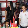 Alex, filho de Ronaldo e Michele Umezu, comemora o aniversário de 8 anos em uma casa de festas da Barra da Tijuca, RJ
