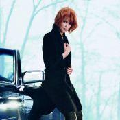 Nicole Kidman muda o visual e exibe cabelos curtos em campanha