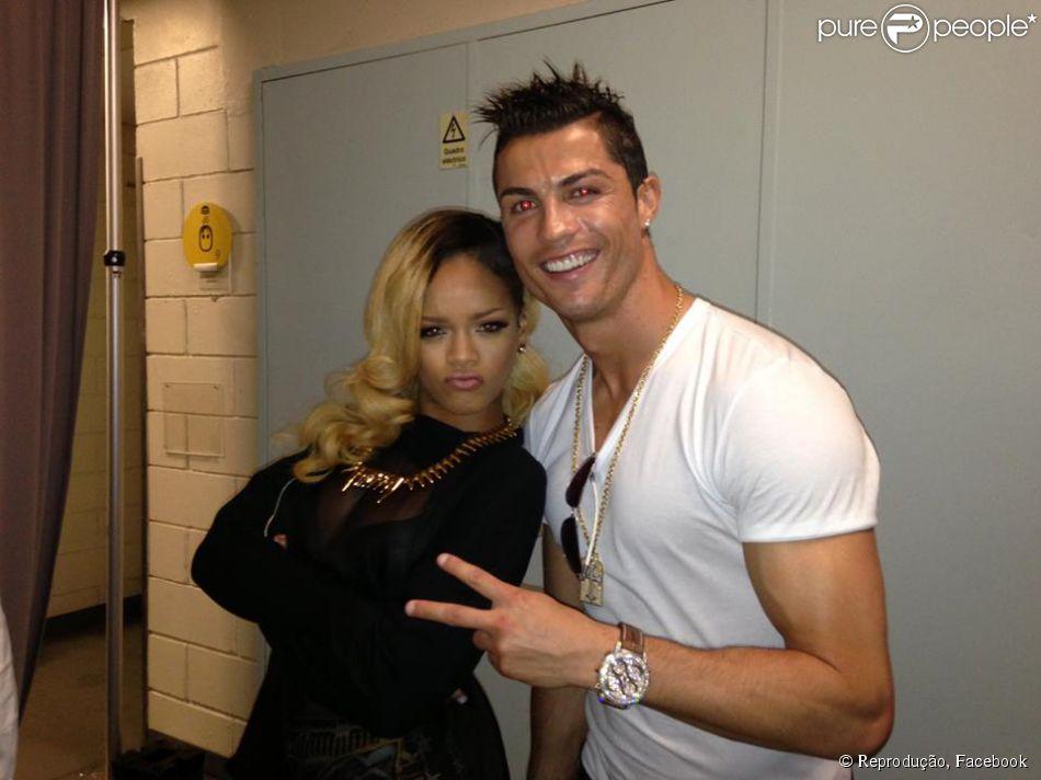 Rihanna insinua que Cristiano Ronaldo é gay: 'Apoio a diversidade sexual'