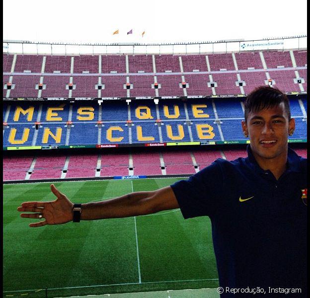 Neymar passa bem após ter sido submetido a uma cirurgia para retirada das amígdalas na tarde desta sexta-feira, 5 de julho 2013