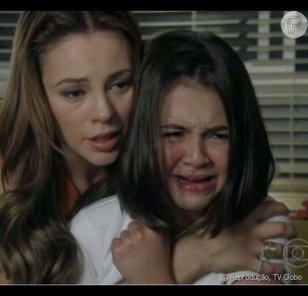 Klara Castanho emociona na pele de Paulinha, em 'Amor à Vida' e ganha homenagem da mãe pelo Facebook, em 9 de julho de 2013
