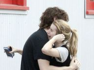 Sobrinha de Julia Roberts chora com o namorado após ser presa por agredi-lo
