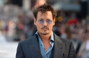 Johnny Depp divulga 'O Cavaleiro Solitário' e janta com a namorada, Amber Heard