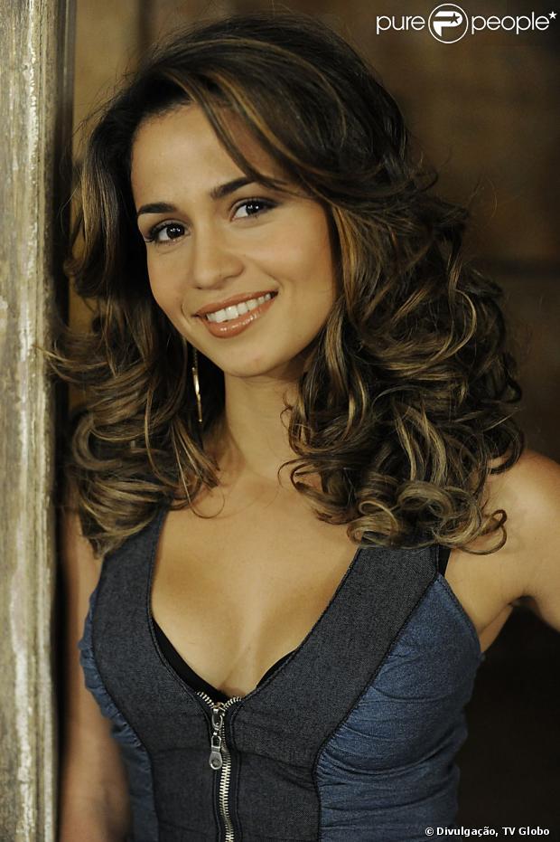 Nanda Costa, protagonista de 'Salve Jorge', revela que não pretende posar nua, em dezembro de 2012
