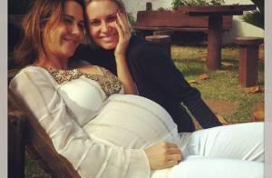 Na reta final da gravidez, Guilhermina Guinle comemora aniversário com amigos