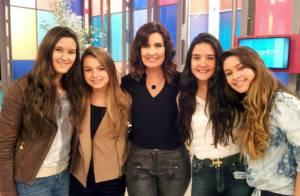 Filhas gêmeas de Fátima Bernardes vão ao 'Encontro': 'Último dia de férias'