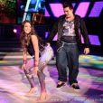 'Ela não anda, ela desfila. Ela é top, capa de revista'. Bruna Marquezine dançou a música 'Ela é top' no quadro do 'Domingão do Faustão'