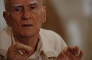 Ariano Suassuna, após infarto, é internado em hospital em Recife: 'Está lúcido'