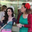 Márcia (Elizabeth Savala) desconfia que Valdirene (Tatá Werneck) esteja grávida, em 'Amor à Vida'
