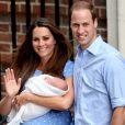 Kate Middleton, o príncipe William e o bebê George voltaram a morar em Londres. O apartamento da família no Palácio de Kensington foi completamente reformado