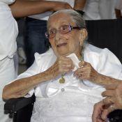 Dona Canô, mãe de Caetano Veloso e Maria Bethânia, é internada em Salvador