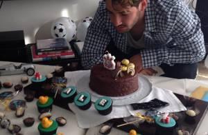 Alexandre Pato ganha festa surpresa da irmã no seu aniversário