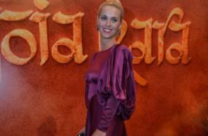 Carolina Dieckmann se destaca em festa de 'Joia Rara'; relembre looks da atriz