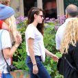 Recentemente, Kristen Stewart foi flagrada com uma falha do lado direito do couro cabeludo causada por estresse após término com Roberto Pattinson