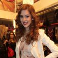Sophia Abrahão vai entrar em 'Amor à Vida' para contestar o testamento de Nicole (Marina Ruy Barbosa). A informação é da colunista Patricia Kogut, do jornal 'O Globo', de 11 de setembro de 2013